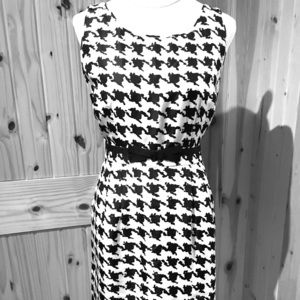 Kate Spade Silk Lined Houndstooth dress in EUC.